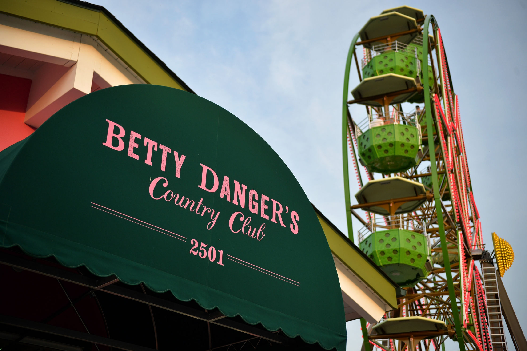 Betty Dangeru0027s Energetic Patio Atmosphere Gives Guests The Opportunity To  Ride A Ferris Wheel Or Mini Golf, While Enjoying One Of The Restaurantu0027s  Beloved ...